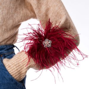 Feather brooch with Swarovski crystal