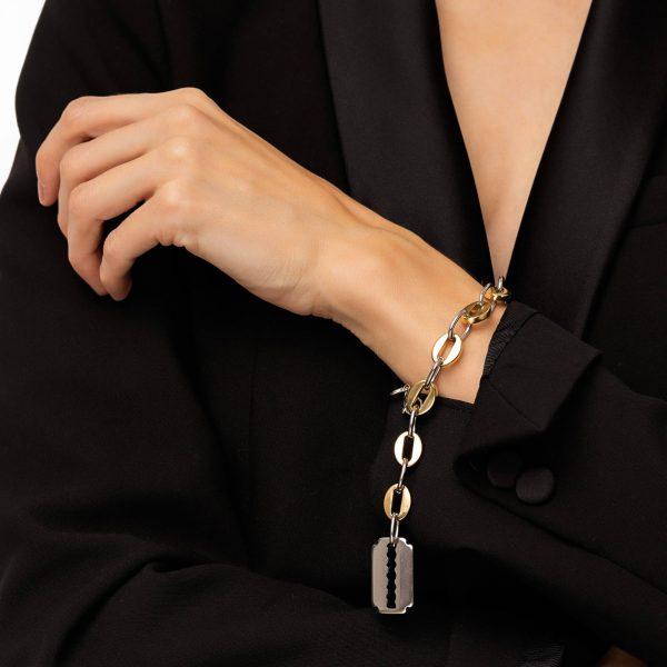 Razor, chain, clasp — stainless steel 304.
