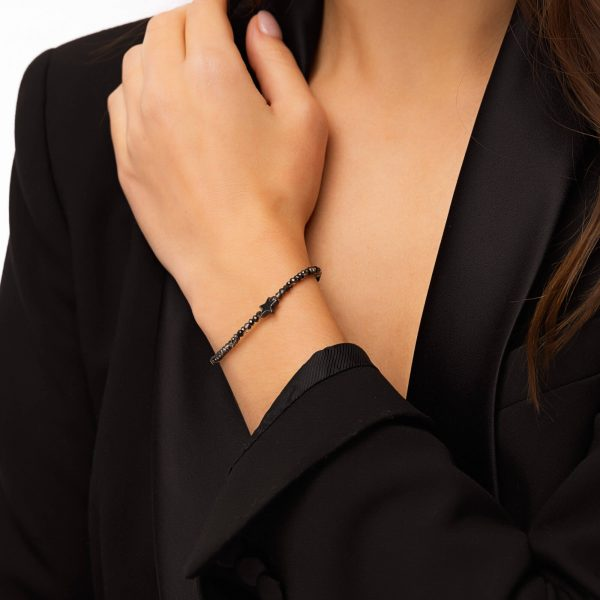 Glass beads, star — hematite, chain, clasp — stainless steel 304.