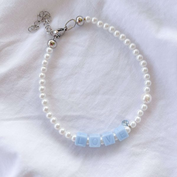 Cubic zirconiа, shell pearl, acrylic beads, chain, clasp – stainless steel 304.