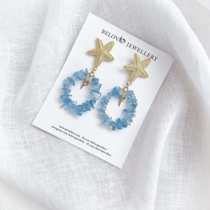 Alloy ear stud, shell – brass with real 18k gold plated, natural aquamarine, for pierced ears.